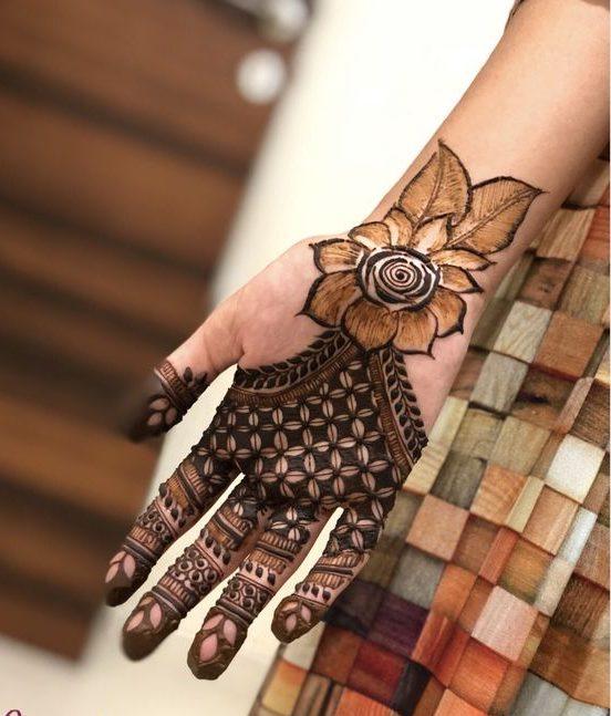Floral Gulf Style Mehndi Design Unique Arabic Mehndi Designs