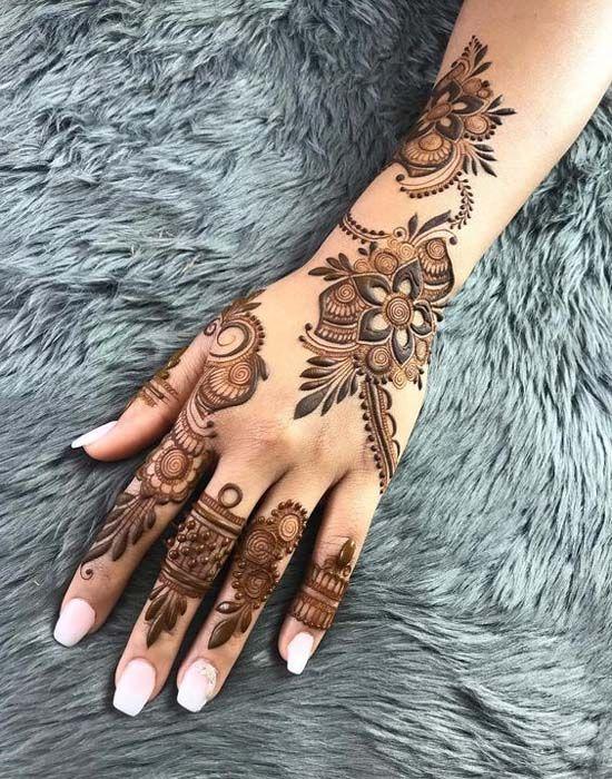 Heavy Floral Gulf Style Mehndi Unique Arabic Mehndi Designs